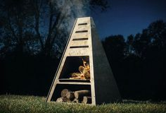 5 Stunning Useful Tips: Simple Fire Pit Ideas fire pit backyard small.Unique Fire Pit Bonfires fire pit cover back yard.Fire Pit Cover Back Yard. Fire Pit Wall, Fire Pit Decor, Metal Fire Pit, Concrete Fire Pits, Fire Pit With Rocks, Gazebo With Fire Pit, Fire Pit Backyard, Metal Chiminea, Fire Pit Gallery