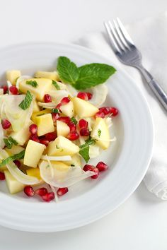 Golden Apple Winter Salad: just the right mixture of sweet, tart, and crunchy (raw, vegan).