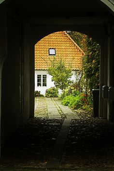 Ribe, Denmark (by tonidelong)