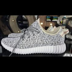 Adidas Yeezy Boost 350 Turtledove Adidas Yeezy Boost Turtledove size 7.5. These are used and have been worn a few times, though they have no damage to them and still look new. Yeezy Shoes Athletic Shoes