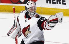 So proud of @wedgewall! He stood on his head tonight! Tag him below congratulating him on getting his first win and the first win for the team.  // #Arizona #ArizonaCoyotes #Coyotes #AZ #Hockey #IceHockey #NHL #Flyers #Philadelphia #PhiladelphiaFlyers #Yotes #GoYotes #GameDay #Game #HockeyGame #Team #Sport #Sports #Fanpage #News #Info #CoyotesCentral #Win #Wedgewood #ScottWedgewood #Goalie #Goaltender