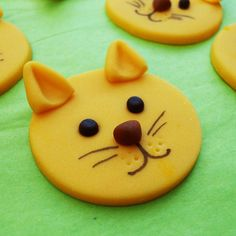 Fondant Cupcake Toppers - One dozen DOGS and CATS. $13.00, via Etsy.