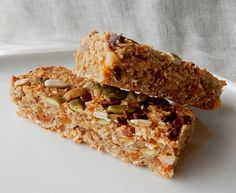 Fruit and Nut Snack Bars, Muesli Bars - Thermomix Recipe Healthy Eating Recipes, Clean Eating Snacks, Cooking Recipes, Healthy Food, Muesli Bars, Thermomix Desserts, Breakfast Bars, Snack Bar, Tray Bakes