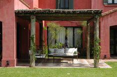 Piso Corner Pergola, Studio Living, Spanish Colonial, Exterior Colors, Terrazzo, Home Deco, Future House, Sweet Home, New Homes
