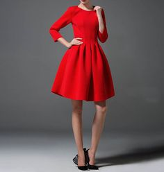 http://es.dawanda.com/product/80284983-Mujeres-plisado-tutu-vestido-de-novia