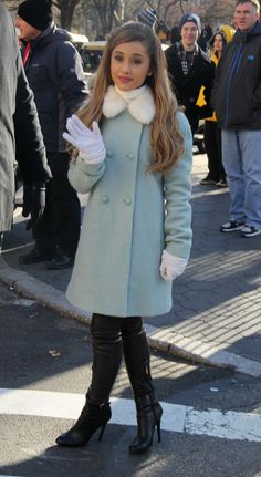 Ariana Grande And Cher Lloyd Look Stylish As They Lead Celebs At The Macy's Thanksgiving Parade - Celebrity Gossip, News & Photos, Movie Rev...