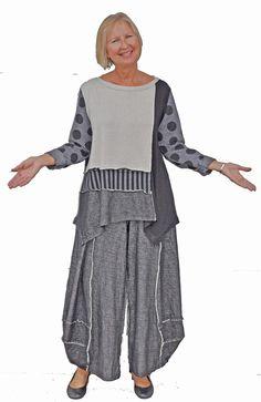 Alembika colorblocked pant set