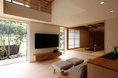 Gorgeous 40 Rustic Apartments Design Ideas With Japanese Interior Style To Have Japan Interior, Japanese Interior Design, Japanese Home Decor, Home Interior Design, Interior Architecture, Living Room Japanese Style, Zen Interiors, Tatami Room, Townhouse Designs