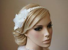 "Braut Perlen Haarband ""Olivia"" Blüten Spitze von Elizabethmode auf DaWanda.com"