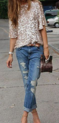Sequins top: As for sequins tops – Boyfriend jeans work best. Ripped patterns and slim fits teamed with a white blazer will work well if you don't want to go solo on sequins. We recommend you wear darker denims for a pear body shape.