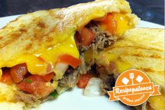 Recipe Texas Grilled Cheese from Real Posh Mom! Grilled Cheese Hot Dog, Grilled Cheese Recipes, Types Of Sandwiches, Wrap Sandwiches, Shredded Beef Recipes, Tillamook Cheese, Dog Food Online, Soup And Sandwich, Dog Food Recipes