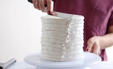 How To Frost A Cake With Smooth Buttercream - Sugar & Sparrow