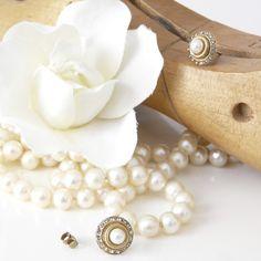 La Vie Parisienne Petite Pearl Earrings