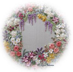 Etsy の 絹リボンのガーランドの花 パターンとプリントの刺繍キット by lornabateman22 …