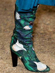87ddf1f15cbb hermes 2014 the citizen to fashion Floral Boots, Floral Fashion, Fashion  Bags, Fashion