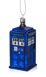 Buy Tardis Glass Christmas Ornament online and save! It's never too early to buy an awesome geeky ornament for your Christmas tree. This Doctor Who TARDIS Christmas Ornament will be the focal point of yo. The Tardis, Tardis Blue, Doctor Who Shop, Doctor Who Tardis, Glass Christmas Tree Ornaments, Christmas Tree Decorations, Family Ornament, Xmas Tree, Holiday Decor