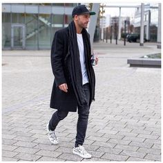 Layers on layers! #whatsabouttown #watchthisspace #mensstyle #mensfashion #streetstyle #menwithstyle @kosta_williams