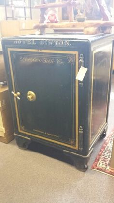 This Is A Great Antique Safe W Yale Lock Has Working