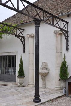 Cast Iron Architectural Elements - Late Century herreria Antique and Vintage Architectural Elements - For Sale at Steel Trusses, Steel Columns, Iron Pergola, Pergola Swing, Outside Room, Outside Patio, Beam Structure, Metal Beam, Column Design