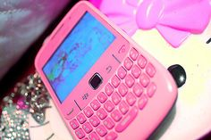 ummm i need this pink blackberry