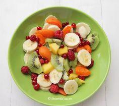 Salata de fructe Dessert Recipes, Desserts, Fruit Salad, Food, Tailgate Desserts, Deserts, Fruit Salads, Essen, Postres