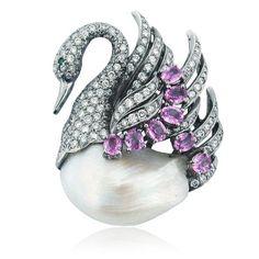 Brooche pearl amethyst and diamond swan.