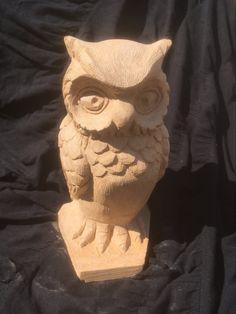 Eule ca. 24 cm hoch aus brasilianischem Speckstein. Handgefertigt. Lion Sculpture, Art, Soapstone, Owls, Sculptures, Handmade, Stones, Creative, Art Background