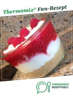 Himbeer-Cheesecake im Glas von rrspahn. Ein Thermomix ® Rezept aus der Kategori… Raspberry Cheesecake in the jar of rrspahn. A Thermomix ® recipe from the Baking Sweet category www.de, the Thermomix® Community. Cheesecake Thermomix, Thermomix Desserts, Easy Cheesecake Recipes, Cake Mix Recipes, Easy Cookie Recipes, Dessert Recipes, Dessert Food, Baking Recipes, Keto Recipes