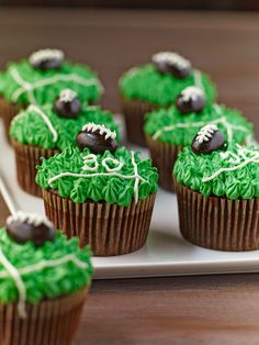 Game Day Cupcakes from familycircle.com #cupcakes