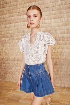 Ulla Johnson Dolly Top in Blanc Mens Slacks, Denim Jacket With Dress, Fashion Tips For Girls, Full Skirts, Ulla Johnson, Blouses For Women, Fall Outfits, Ideias Fashion, Vintage Outfits