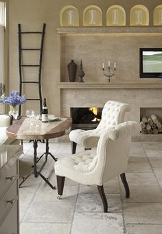 """Create a comfortable sitting area, which I call """"low breakfast."""" This area consists of a table approximately 27 inches high surrounded by comfortable, soft furniture-style seating rather than traditional dining chairs. Kitchen Sitting Areas, Small Sitting Areas, Dining Table Chairs, A Table, Dining Rooms, Traditional Dining Chairs, Traditional Furniture, Kitchen Photos, Kitchen Ideas"""