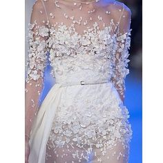 27 Ideas Embroidery Dress Haute Couture Elie Saab For 2020 Couture Details, Fashion Details, Bridal Gowns, Wedding Gowns, Wedding Robe, Elie Saab Haute Couture, Looks Party, Dresses Elegant, Boho Vintage