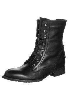 Schwarze Schnürstiefelette im Vintage-Look! Zign Schnürstiefelette - black für 99,95 € (17.02.16) versandkostenfrei bei Zalando bestellen.