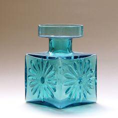 Frank Thrower Glass Designs: 1960s dartington glass