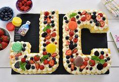 Tort litera JamilaCuisine / Tort cifra - reteta video Sugar Rush, Yummy Cakes, Gingerbread, Waffles, Birthday Cake, Sweets, Cookies, Cream, Breakfast