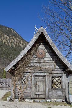 Berserker Viking Warriors | Symbol, Symbol, Verzierung, Viking, Viking, Viking, Viking House