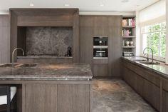 Obumex I Kitchen I Wood I Modern Kitchen I Lightning