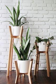 Scandinavian white oak planter holder