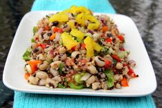 Black Eyed Peas and Quinoa Salad - Glow Kitchen Pea Recipes, Veggie Recipes, Healthy Recipes, Recipes With Few Ingredients, Rabbit Food, Quinoa Salad, Black Eyed Peas, Fried Rice, Glow
