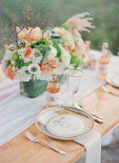 peach and green tablescape