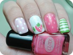 Strawberry Shortcake Nail Art Adventuresinacetone Http Www Freeredirector Manicures Pinterest Pretty Nails And