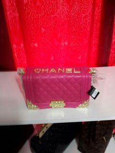 Chanel new  season bag , write for price informatıon ,Chanel yenı sezon çanta  canta  , fiyat bilgisi için yorum yazınız