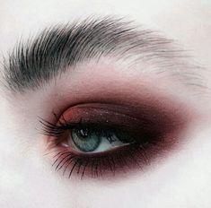Make Up; Make Up Looks; Make Up Augen; Make Up Prom;Make Up Face; Eye Makeup Tips, Makeup Goals, Makeup Kit, Skin Makeup, Makeup Inspo, Eyeshadow Makeup, Makeup Hacks, Makeup Ideas, Pigment Eyeshadow