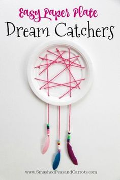46 Trendy Diy Dream Catcher For Kids Easy Paper Plates Diy Dream Catcher For Kids, Dream Catcher Art, Fun Crafts For Kids, Diy For Kids, Arts And Crafts, Paper Plate Crafts, Paper Plates, Market Day Ideas, Diy Dream Catcher Tutorial