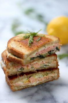Smoked Salmon & Gruyere Grilled Cheese - A simple yet fancy sandwich perfect for #Easter or Mother's Day! Lemon zest and dill brighten the sandwich and compliment the cheese perfectly.