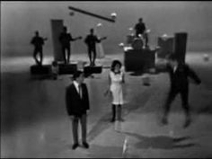 I'm Telling You Now - Freddy And The Dreamers - YouTube