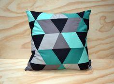 Cushion cover // geometric pattern // sea green, blue, black, grey // 50x50 cm // 20x20 inch