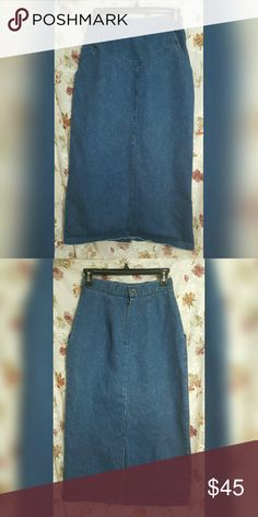 "Vintage Handmade High Waisted Jean Midi Skirt Great condition. Waist is 13"" across Skirts Midi"