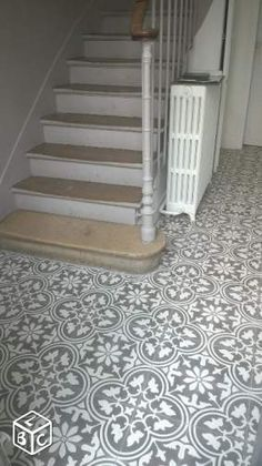 Charm & Parquet Cement tile stock Entryway and Hallway Decorating Ideas Cement Charm parquet stock Tile Hall Tiles, Tiled Hallway, Long Hallway, Victorian Hallway, Flur Design, Hall Flooring, Hallway Inspiration, Hallway Designs, Mud Rooms