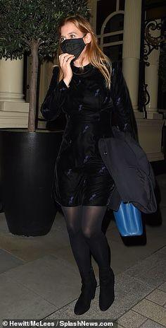 Princess Beatrice Wedding, Sarah Ferguson, Duchess Of York, Black Velvet Dress, Natural Makeup Looks, Black Tights, Royal Fashion, Night Out, Leather Skirt